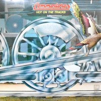 LP / COMMODORES / HOT ON THE TRACKS