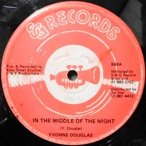 12 / YVONNE DOUGLAS / IN THE MIDDLE OF THE NIGHT / DUB NIGHT