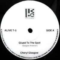 12 / CHERYL GLASGOW / GLUED TO THE SPOT / FASHION ACCESSORY