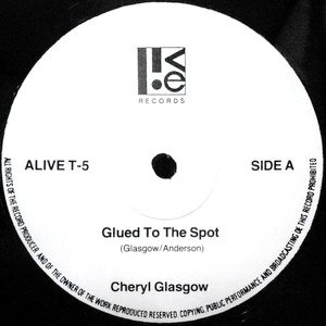 12 / CHERYL GLASGOW / GLUED TO THE SPOT / FASHION ACCESSORY