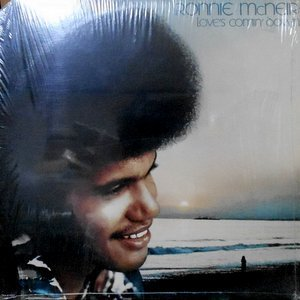 LP / RONNIE MCNEIR / LOVE'S COMIN' DOWN