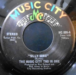 7 / THE MUSIC CITY TWO IN ONE / SILLY SONG / SNAG NASTY