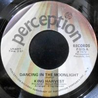 7 / KING HARVEST / DANCING IN THE MOONLIGHT / MARTY AND THE CAPTAIN