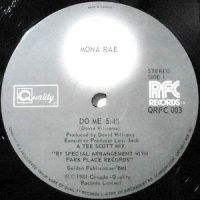 12 / MONA RAE / DO ME