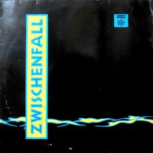 12 / ZWISCHENFALL / SANDY EYES / FLUCHT