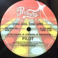 12 / PILOT / YOU ARE THE ONE
